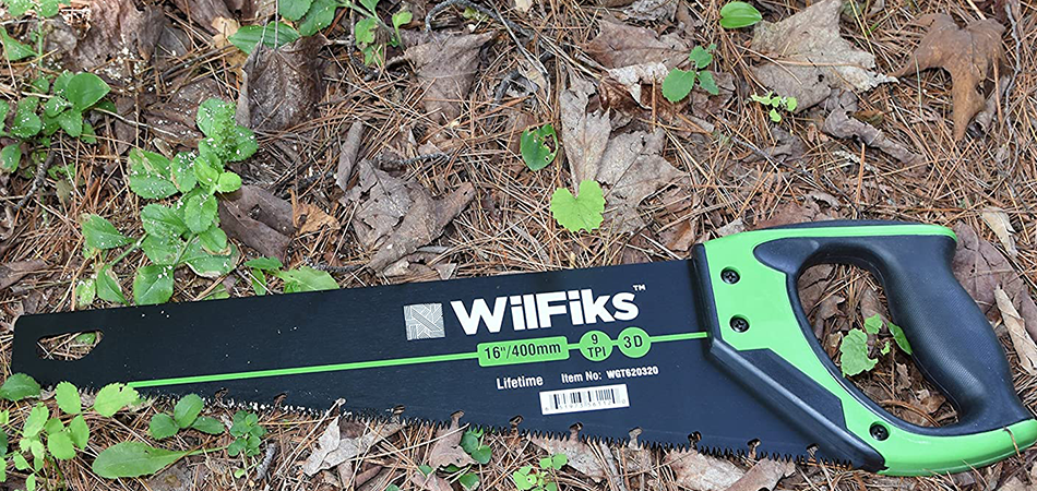 Best-Hand-Saw-for-Cutting-Firewood